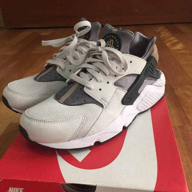 Nike Huarache Run 卡其