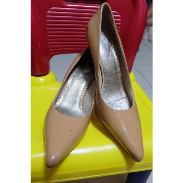 Nude Patent Pumps (Size 7)