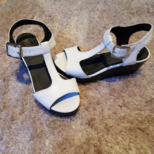 platform heels size 6