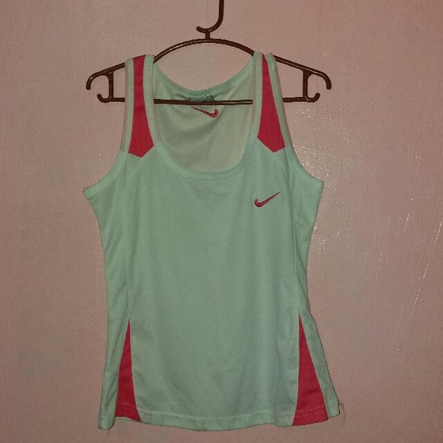 Preloved Nike Sando