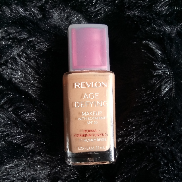 Revlon foundation *honey beige