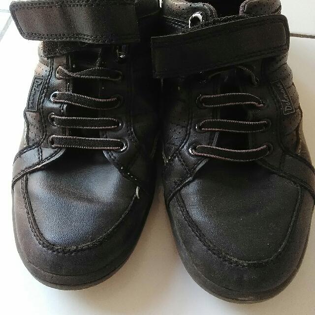 Sepatu Anak Delmora