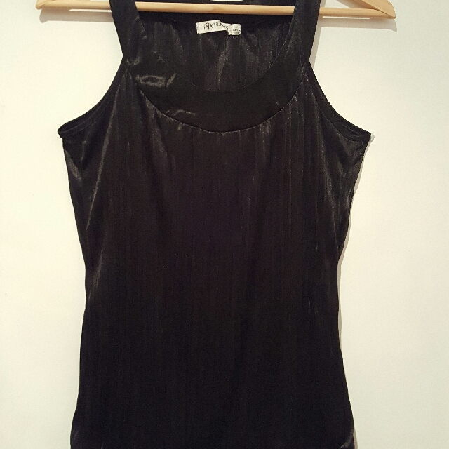 Sleeveless black satin top (size S)