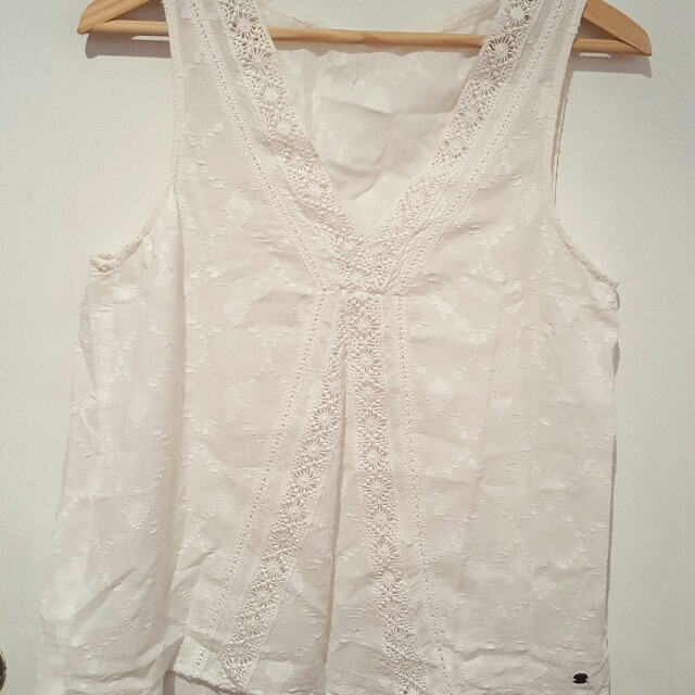 White Summer top (size M)