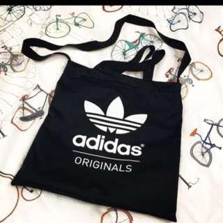 「二手商品」❤️Adidas斜揹手提包