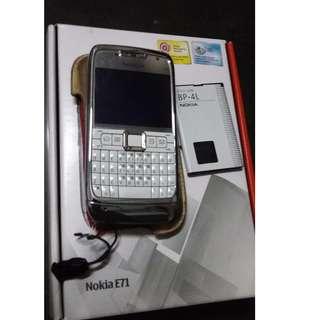 Nokia E71 Used Full Box.