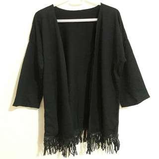 黑色流蘇罩衫