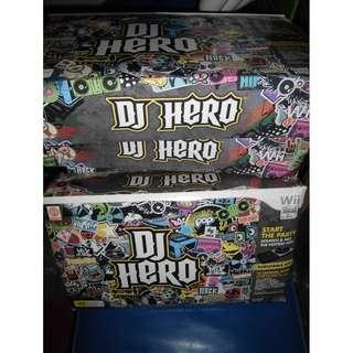 Nintendo Wii DJ Hero Game & Turntable Bundle