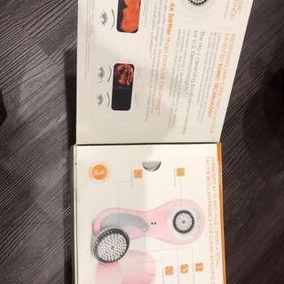 『[全新] [New] Clarisonic Plus 科萊麗音波淨膚儀禮盒(粉紅色)+音波淨膚身體專用把手(白)』
