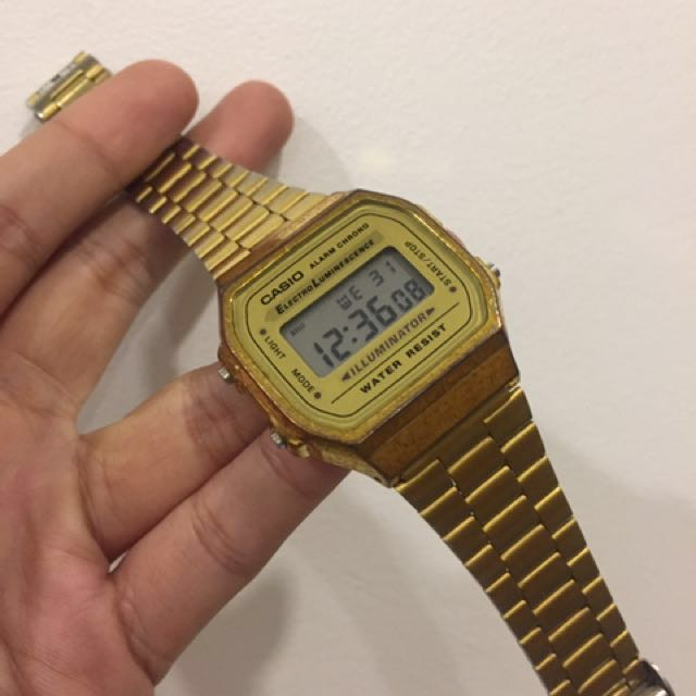 7ca3456487b5 100% authentic Casio A168 Gold used