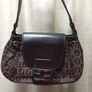 Pre Loved Authentic Fendi