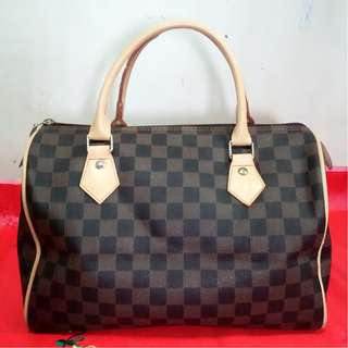LV Speedy 30 (fake)
