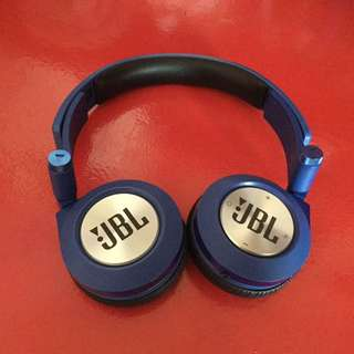 JBL E40BT Bluetooth Headset