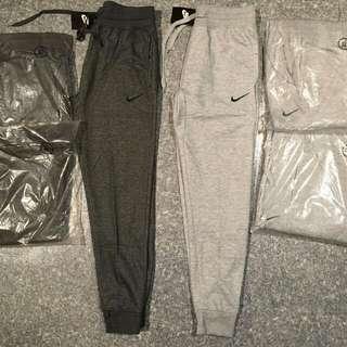 Nike TRACKPANTS