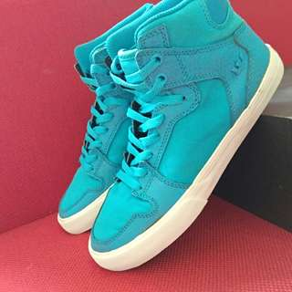Preloved Sneakers Supra Biru Original