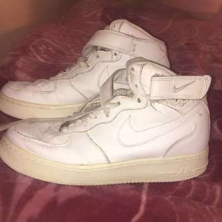 Nike airforce size 8 women's