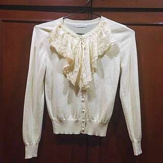 Vintage Cardigan with lace