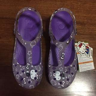 Hello Kitty Crocs