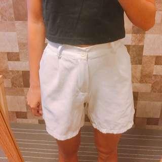 雪紡白色短褲