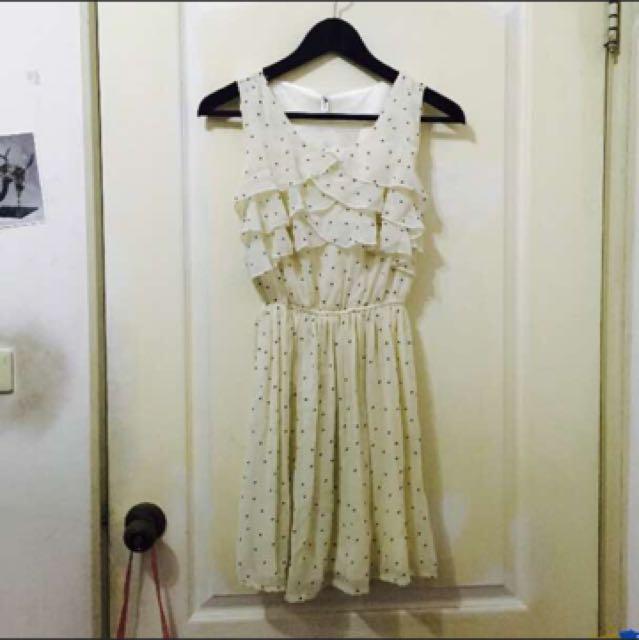 蛋糕花邊洋裝