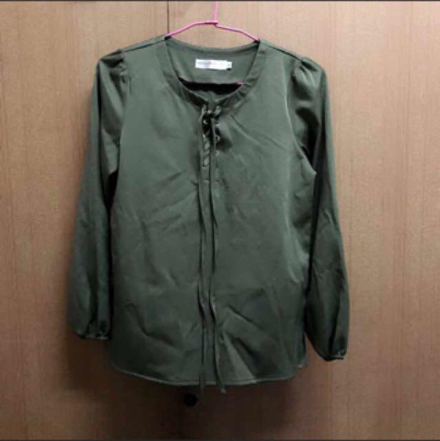 墨綠色氣質綁帶上衣