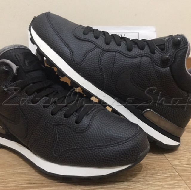 Authentic Limited Nike Internationalist Mid Pure Leather