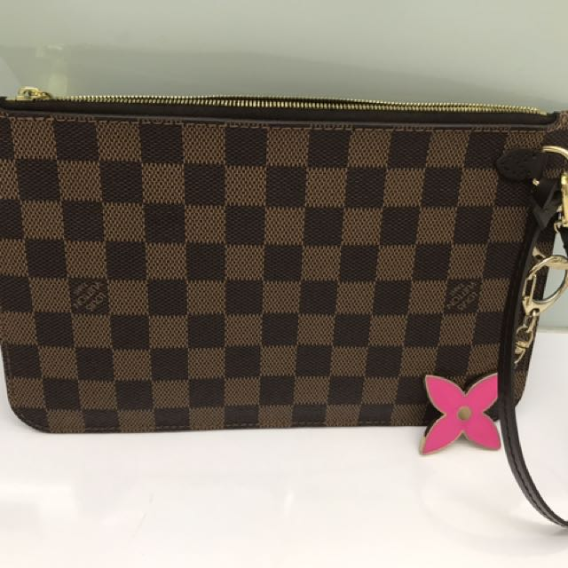 be0b640f543 Authentic!!! LV Pouch Damier, Luxury, Bags   Wallets on Carousell