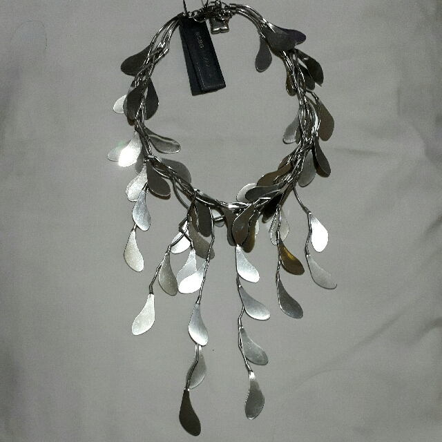 BCBGMAXAZRIA Silver Necklace