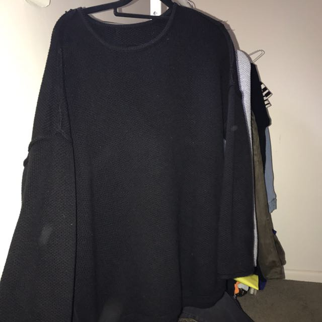 BELL SLEEVE SPORTS GIRL KNIT