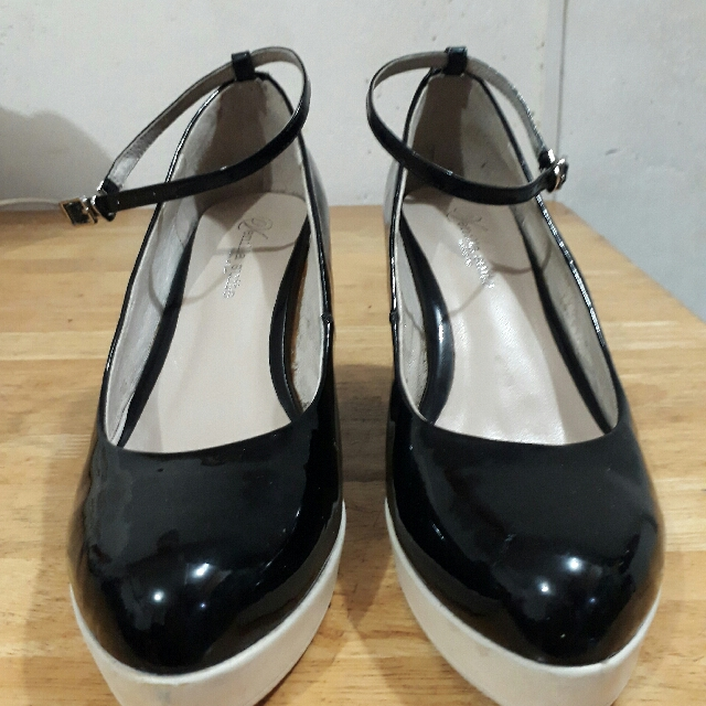 Black & White Wedge Shoes