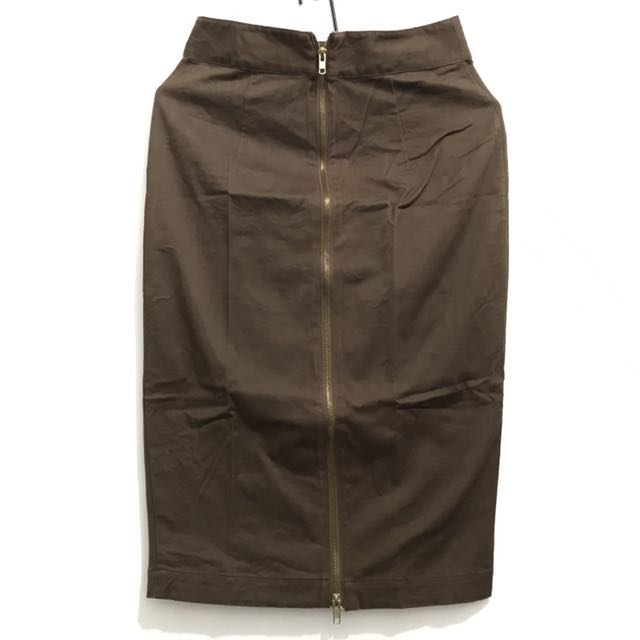 Brown zip up pencil skirt