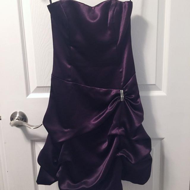 Dark pruple prom dress size 00-0