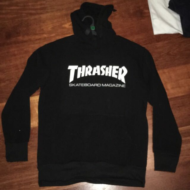 Fake thrasher hoodie fits a xs 7c7ded47ad61