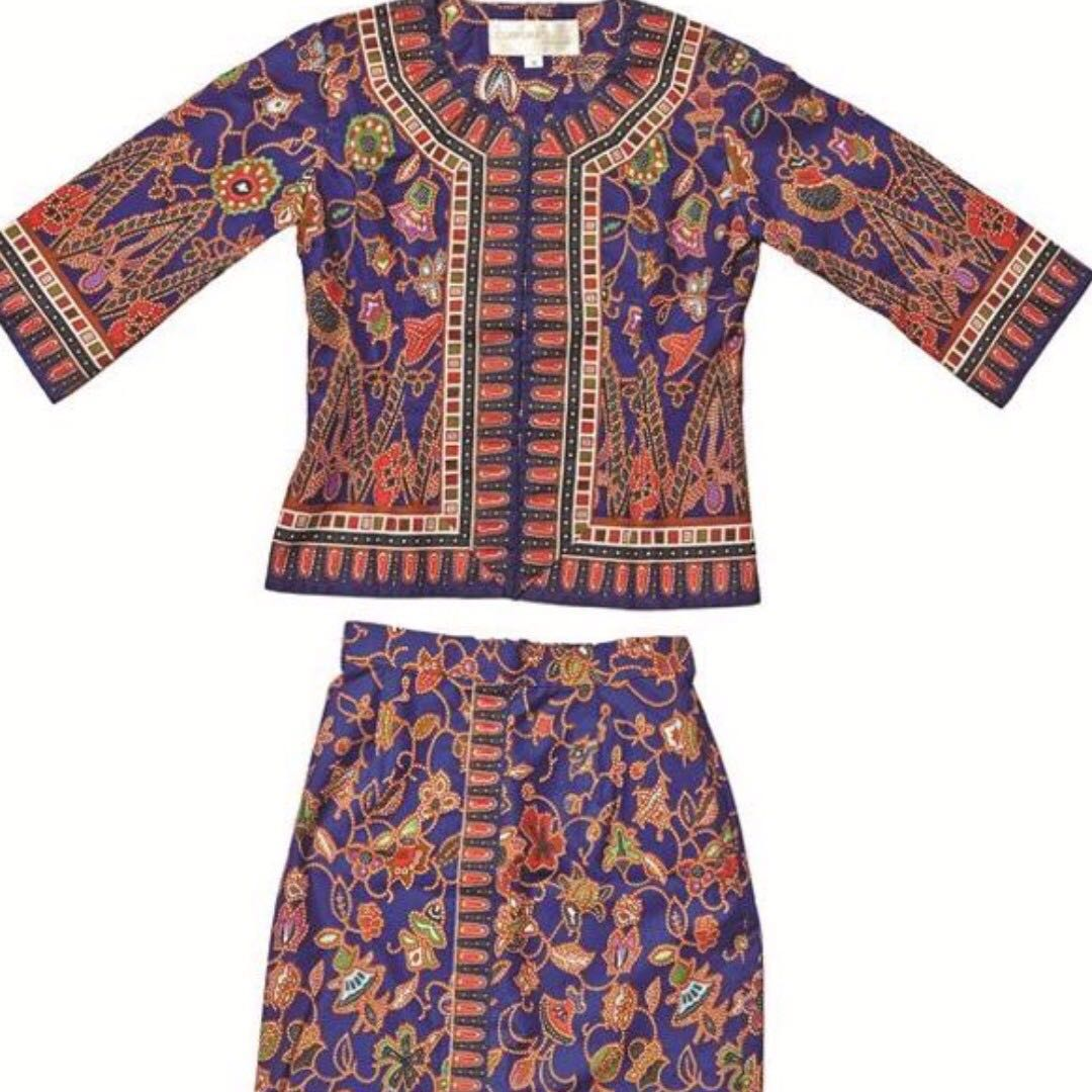 FREE POSTAGE BRAND NEW Kids Authentic Sarong Kebaya From