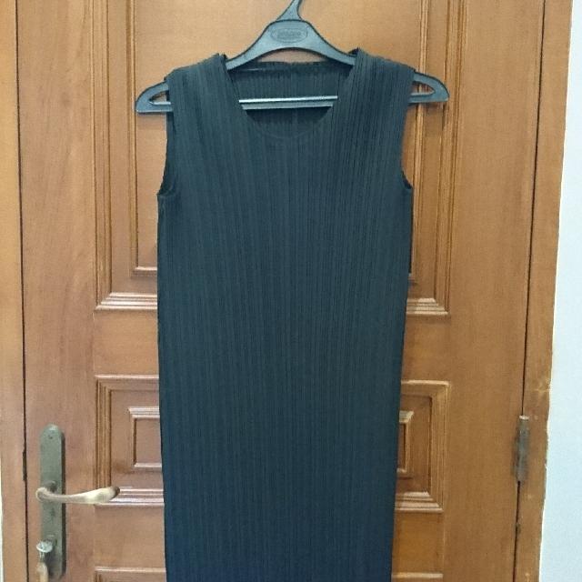Giordano Ladies Pleated Dress Size 01