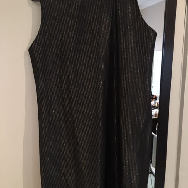 Grey silk dress only worn one on my engagement day