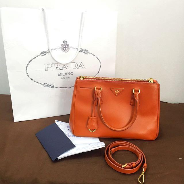 LAST CALL❗️Authentic PRADA cross body hand bag <NEWLY RENEWED from original SOGO Store> not LV GUCCI YSL BV