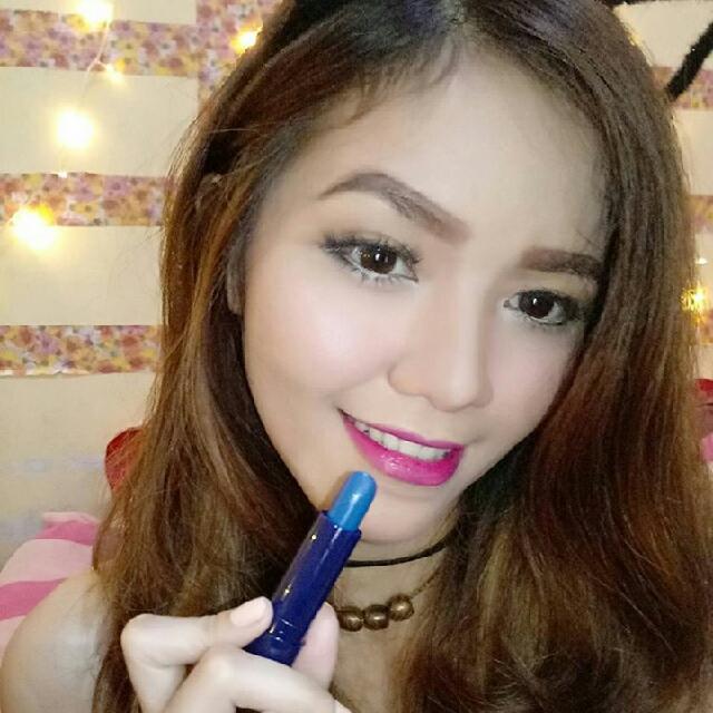 Lipstik Moodmatcher Biru