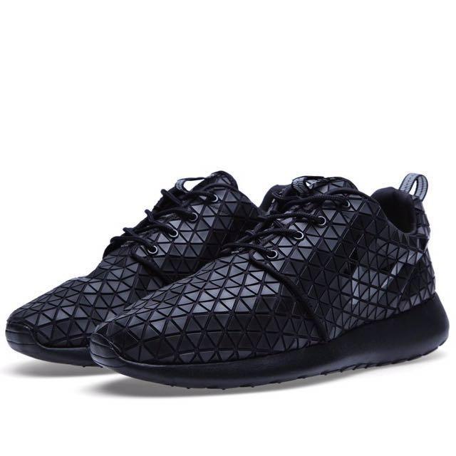 Nike Roshe Run Metric QS