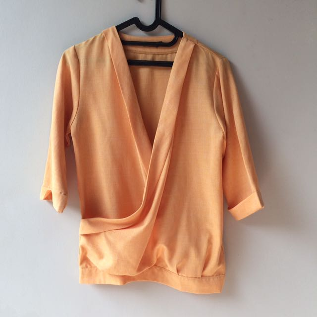 Orange kimono type top from berrybenka