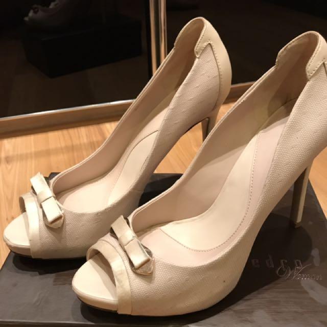 Pedro shoes sz 40