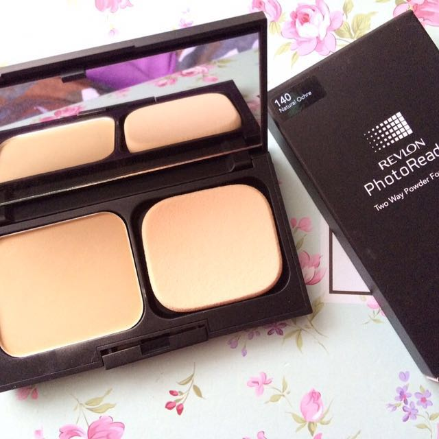 Revlon PhotoReady Two Way Powder Foundation
