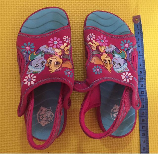 Sepatu sendal paw patrol size 10 (18cm)