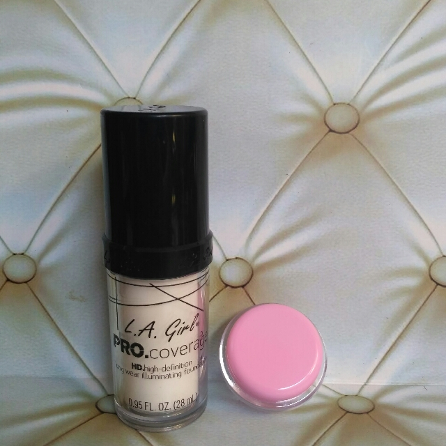 (Share in Jar) L.A LA GIRL FOUNDATION WHITE