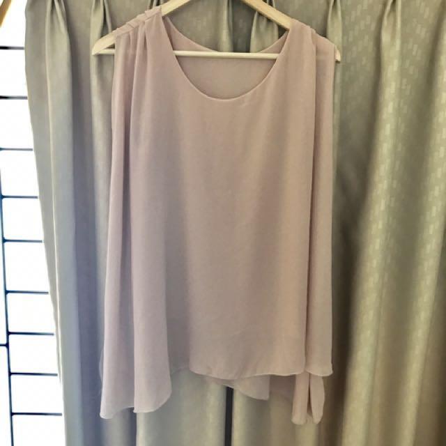 Soft pink sleevless top