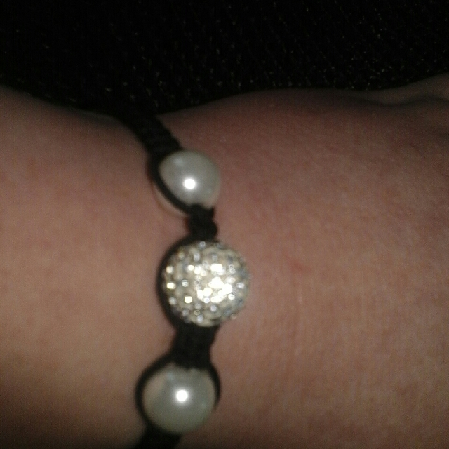 white crystal and pearl bracelet