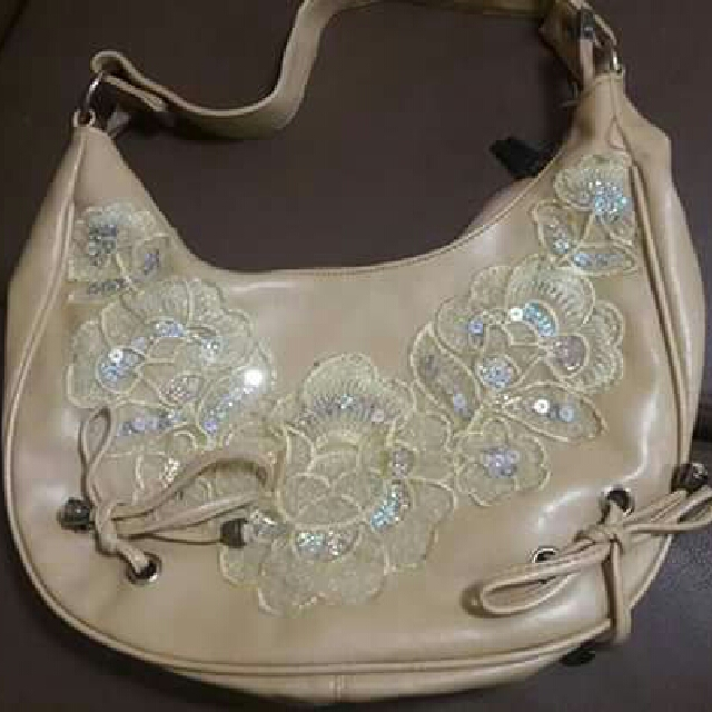 Womens Bag With Sling