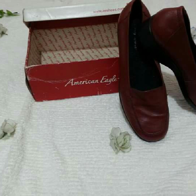 Womens Closed Shoes