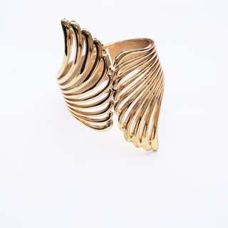Forever 21 - Angel Wings Bracelet/Bangle in Gold