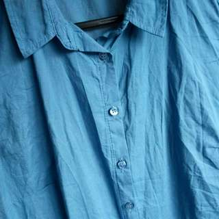 L/XL blue shirt